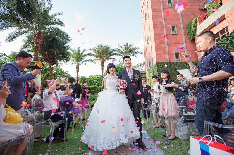 Grand Victoria Hotel,大宴會廳,戶外婚禮,歐式戶外花園,維多麗亞婚攝,維多麗亞酒店,維多麗亞酒店婚攝,雙婚攝,雙攝影師